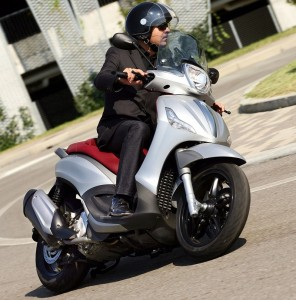 Piaggio launch first scooter with both ABS and Traction Control