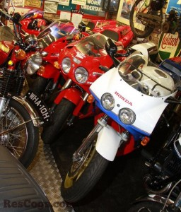 HondaNR750Shop2