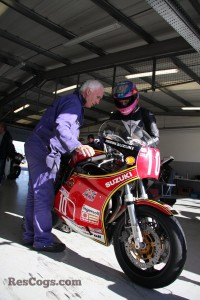 CRMC-Suzuki-XR69-Replica-Guy-Martin-2