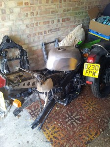 Project Bike: Kawasaki ZXR750J cafe racer
