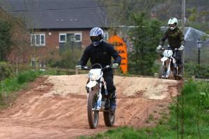 2015-KTM-Freeride-E-XC-Dan-Thornton-1