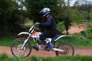 2015-KTM-Freeride-E-XC-Dan-Thornton-3