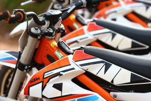 2015-KTM-Freeride-E-XC-Lined-Up