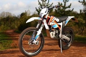 2015-KTM-Freeride-E-XC-Static