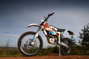 2015-KTM-Freeride-E-XC_1