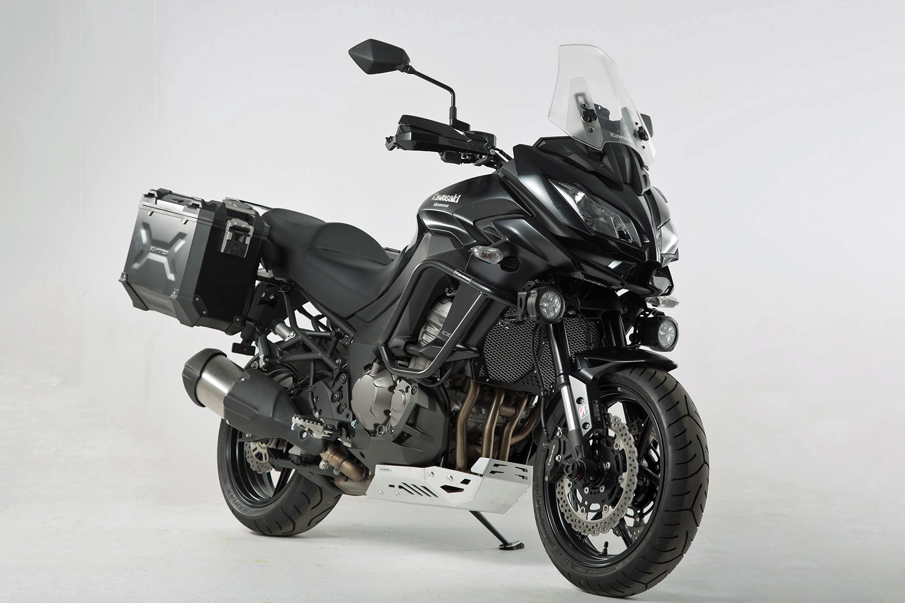 kit out your kawasaki versys 1000 with sw motech rescogs. Black Bedroom Furniture Sets. Home Design Ideas