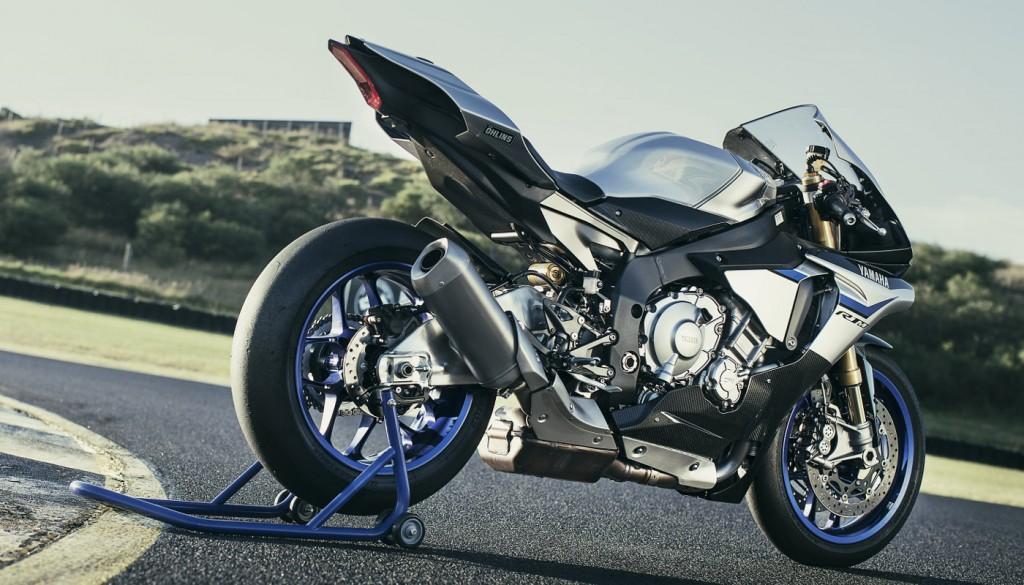 2016 Yamaha YZF-R1M Rear 3Q