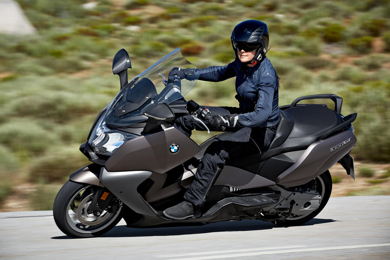 new bmw c 650 sport and c 650 gt scooters rescogs. Black Bedroom Furniture Sets. Home Design Ideas