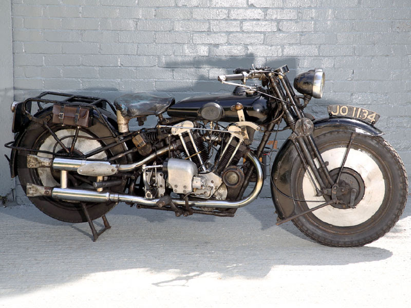 1930 Brough Superior SS680 Black Alpine