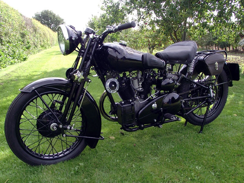 1934 Brough Superior SS680 Black Alpine