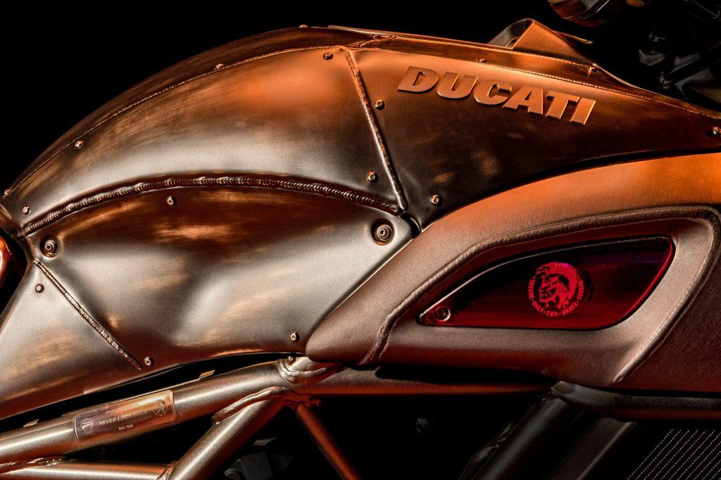 2017 Ducati Diavel Diesel Tank Cover