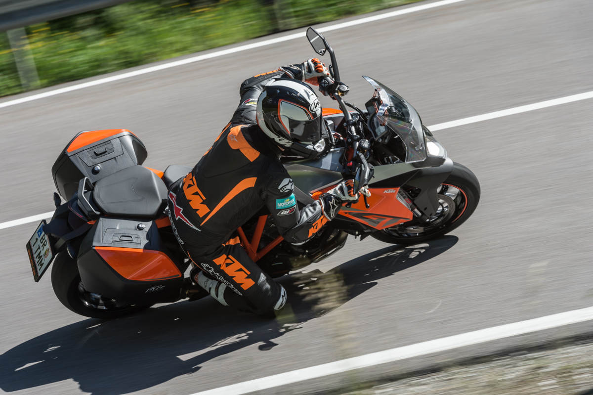 2017 KTM 1290 Super Duke GT Action 3