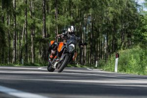 2017 KTM 1290 Super Duke GT Action 4
