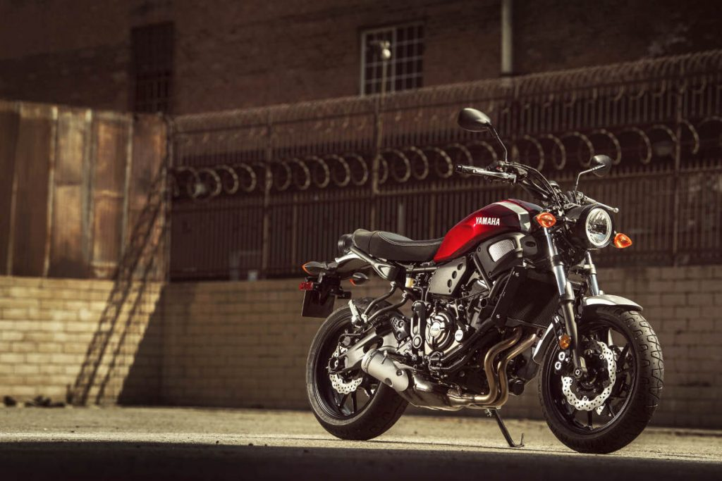 2018 Yamaha XSR700 Racing Red Static 2