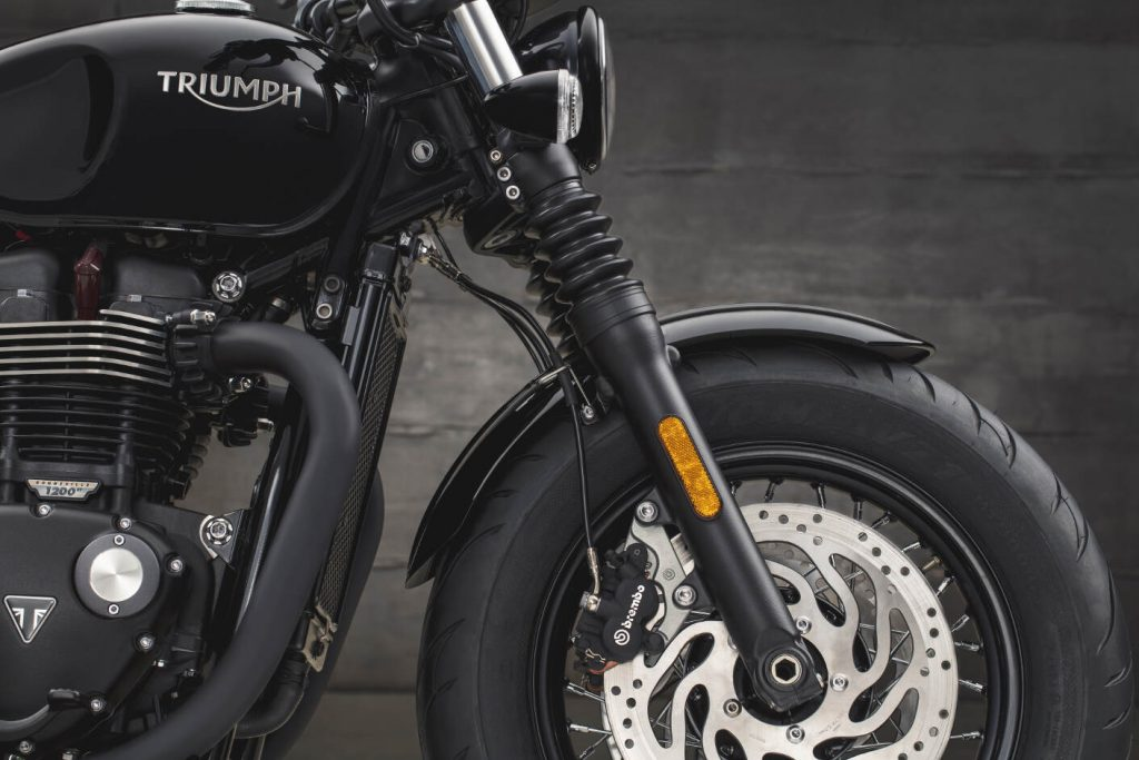 2018 Triumph Bobber Black Forks and Brakes