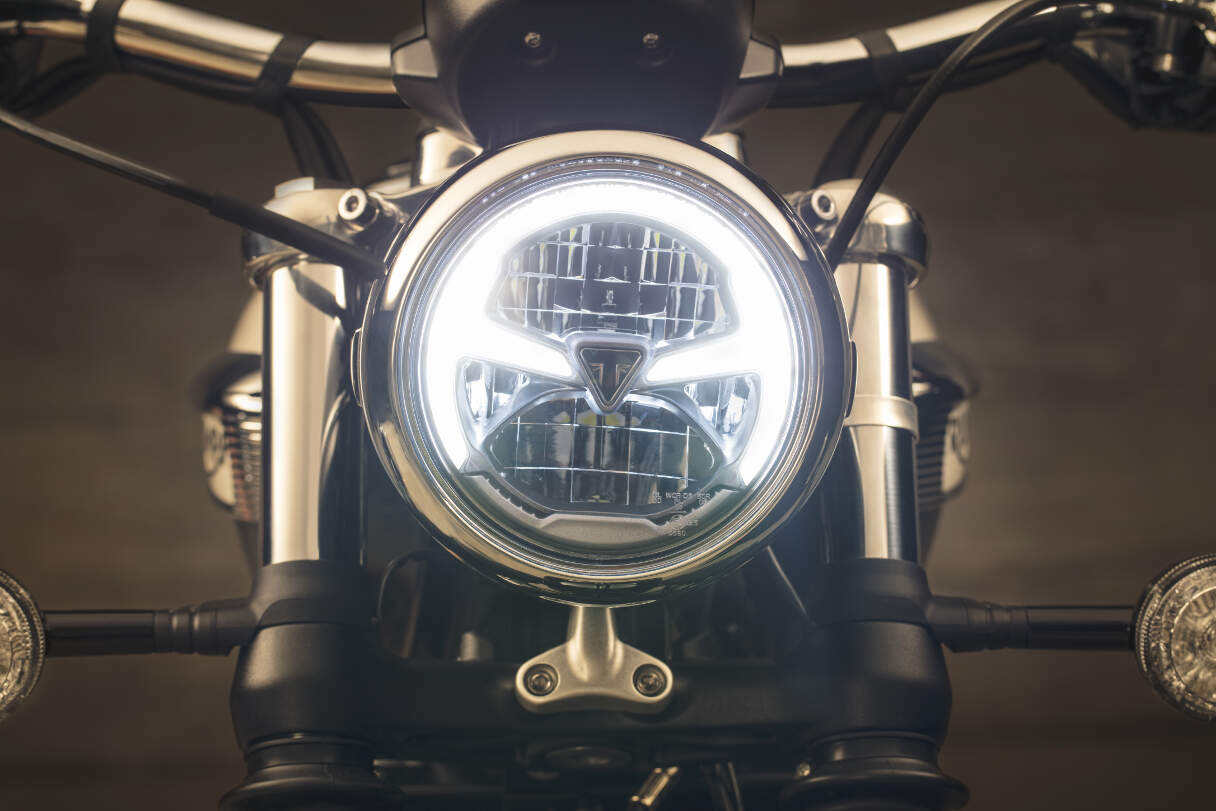 2018 Triumph Bonneville Speedmaster Headlight