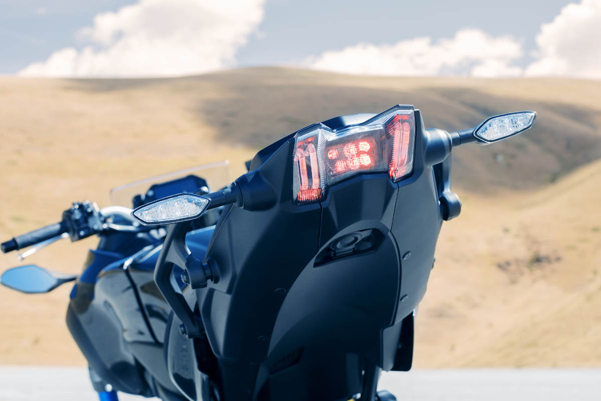 2018 Yamaha NIKEN MXT850 Three-Wheeled Sportsbike Rear Light Detail