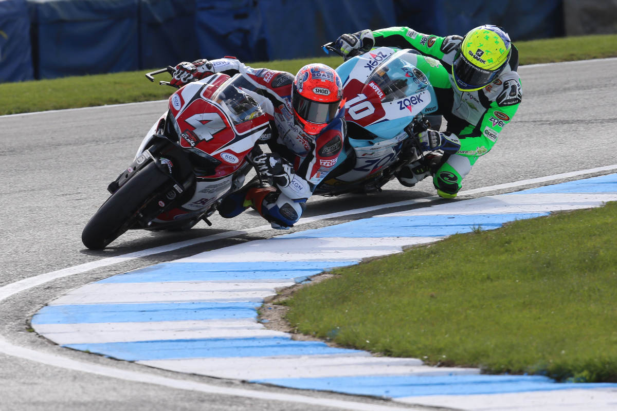 2017 Ducati TriOptions Donington Round 1