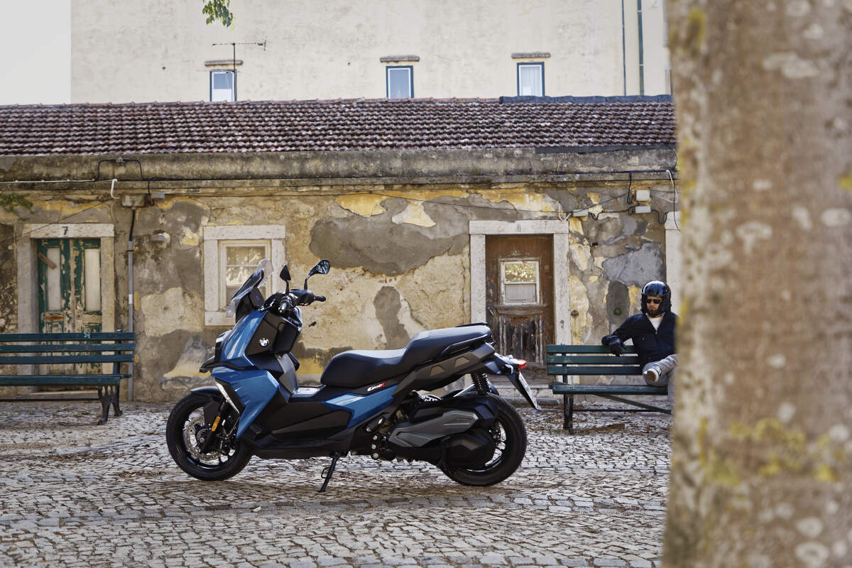 2018 BMW C 400 X Scooter Static Picture