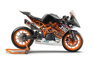 2018 KTM RC 390 R and Supersport SSP300 Race Kit Side