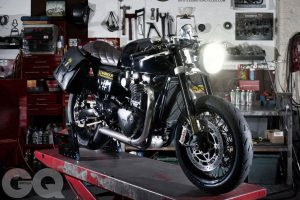 Custom Ultimate Gentleman's Triumph Thruxton R