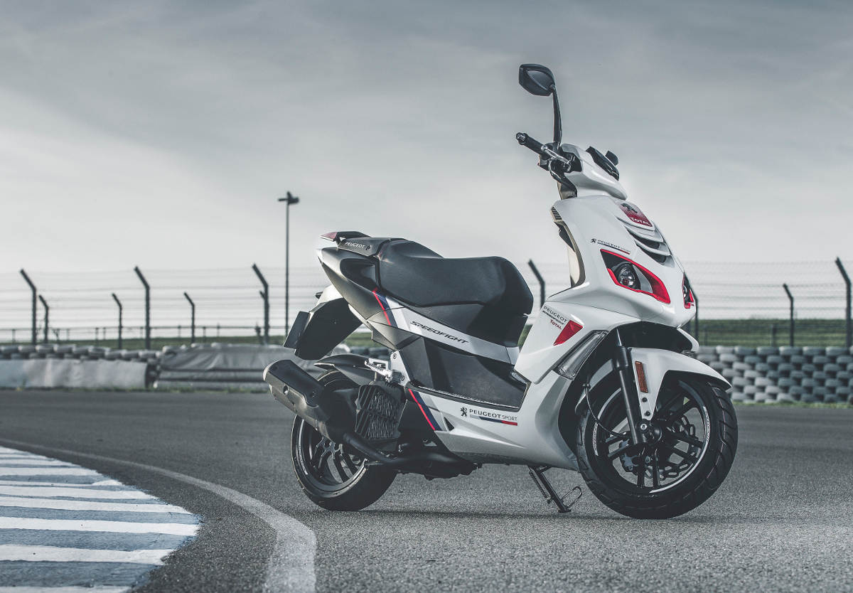 Touring Car Inspired 2018 Peugeot Speedfight 125 R-Cup Static Image