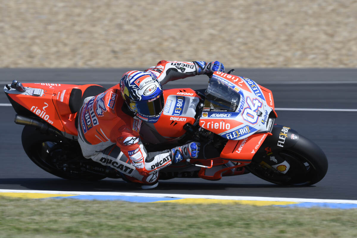 Andrea Dovizioso at Le Mans for the 2018 French MotoGP Cornering