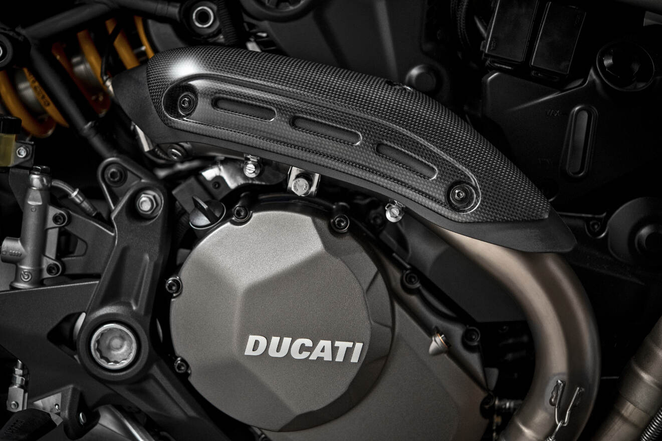 2018 Ducati Monster 1200 25 Anniversario Engine and Carbon Fibre Exhaust Heat Guard